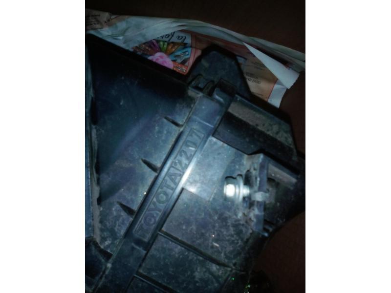 Vand cutie filtru aer admisie Toyota Corolla E112 2001 1.4 l 97 CP 71 kw