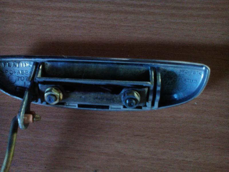 Vand maner usa dreapta fata sirion m1 2000