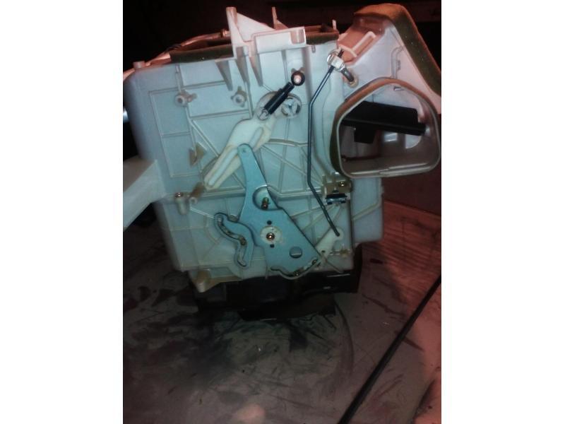 Vand calorifer radiator intern antigel incalzire Toyota Corolla e112 2001