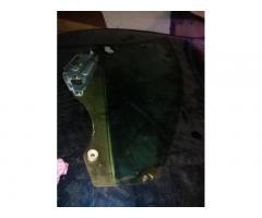 Vand geam stanga dreapta fata, dreapta spate Mazda 323f BA 1996