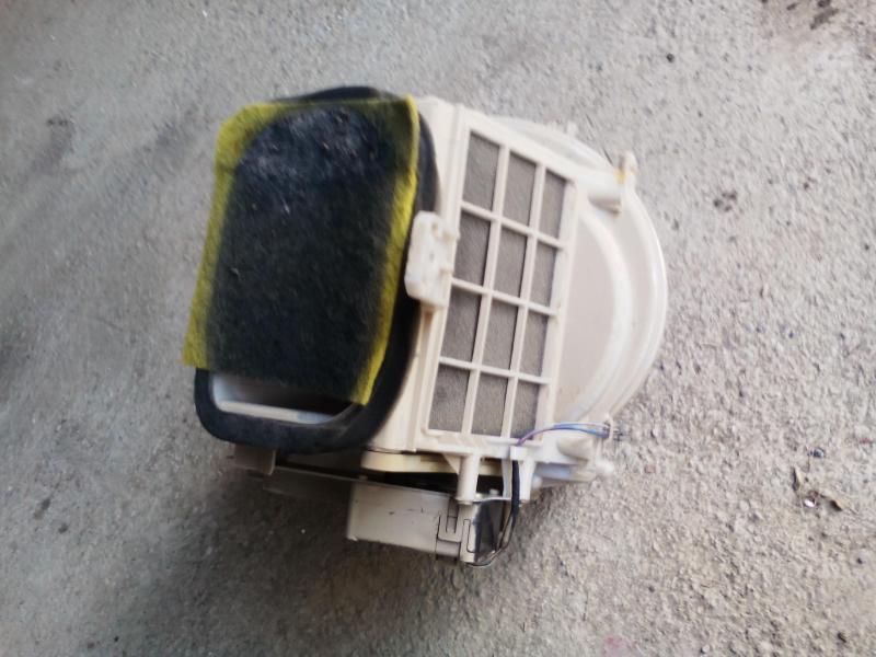 Vand ventilator intern Mazda 323f BA 1996