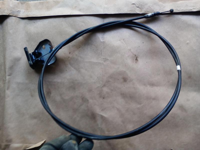 Vand cablu deschidere capota Mazda 323f BA 1996