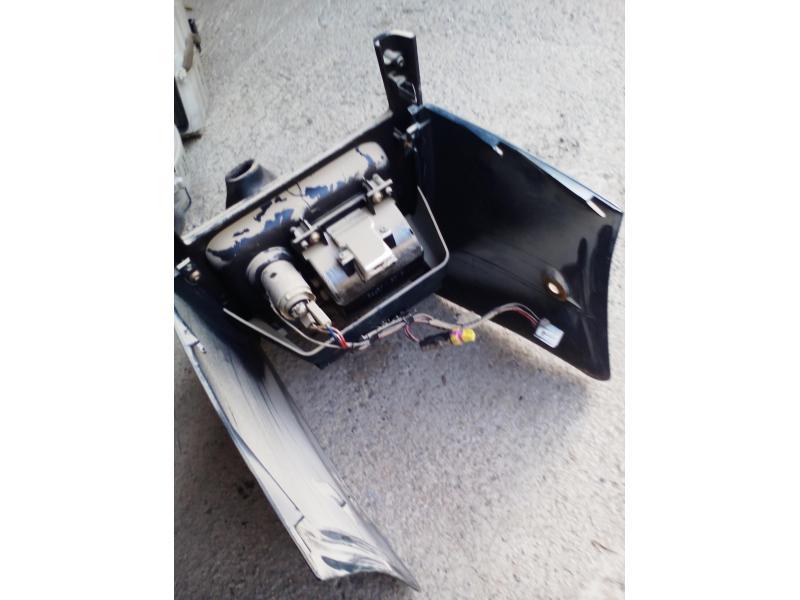 Vand scrumira priza bricheta manson schimbator Mazda 323f BA 1996